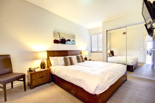 Yarra Valley Overnight Retreat and Chauffeured Wine Tour